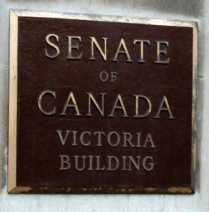 P1000318 Senate plaque