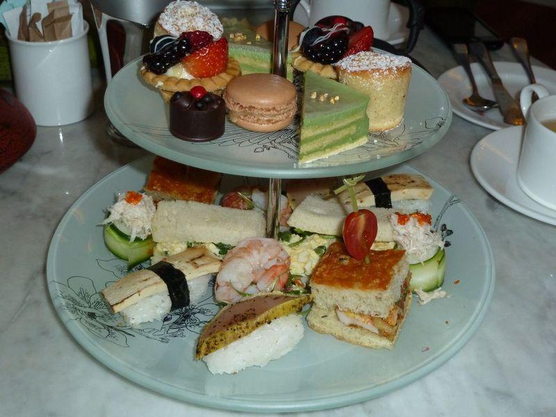 P1000512 Sandwiches and desserts