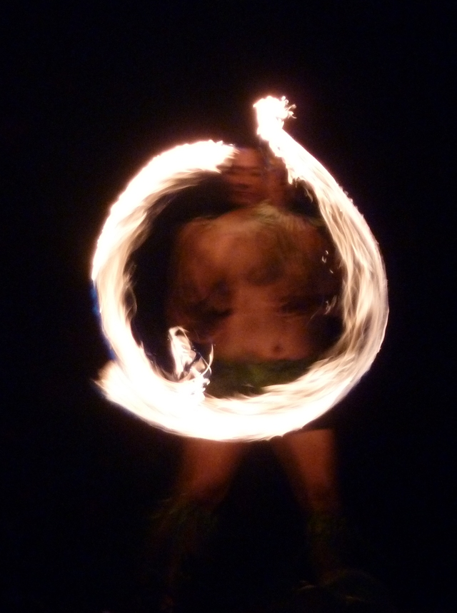 P1020128 Samoan Fire Dancer