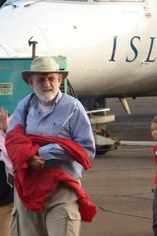 John Palmer arrives at windy Molokai - email