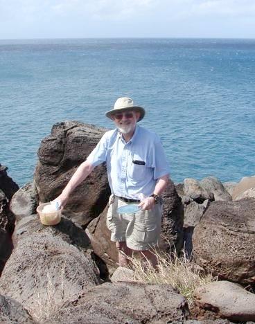 E Geocaches walk 2 John Palmer finds the geocache at the top of Kaiaka Rock (1)
